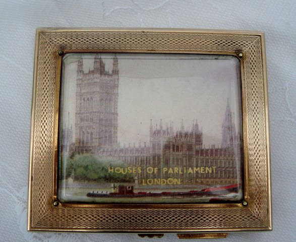 "Gwenda ""Houses of Parliament"" Cigarette/Card Compact"