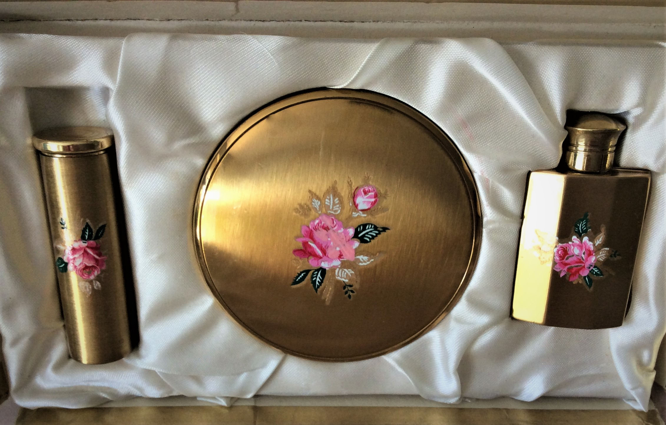 Superb Unused Vintage MASCOT Boxed Vanity Set complete with Powder Compact, Lipstick Holder & Perfume Bottle