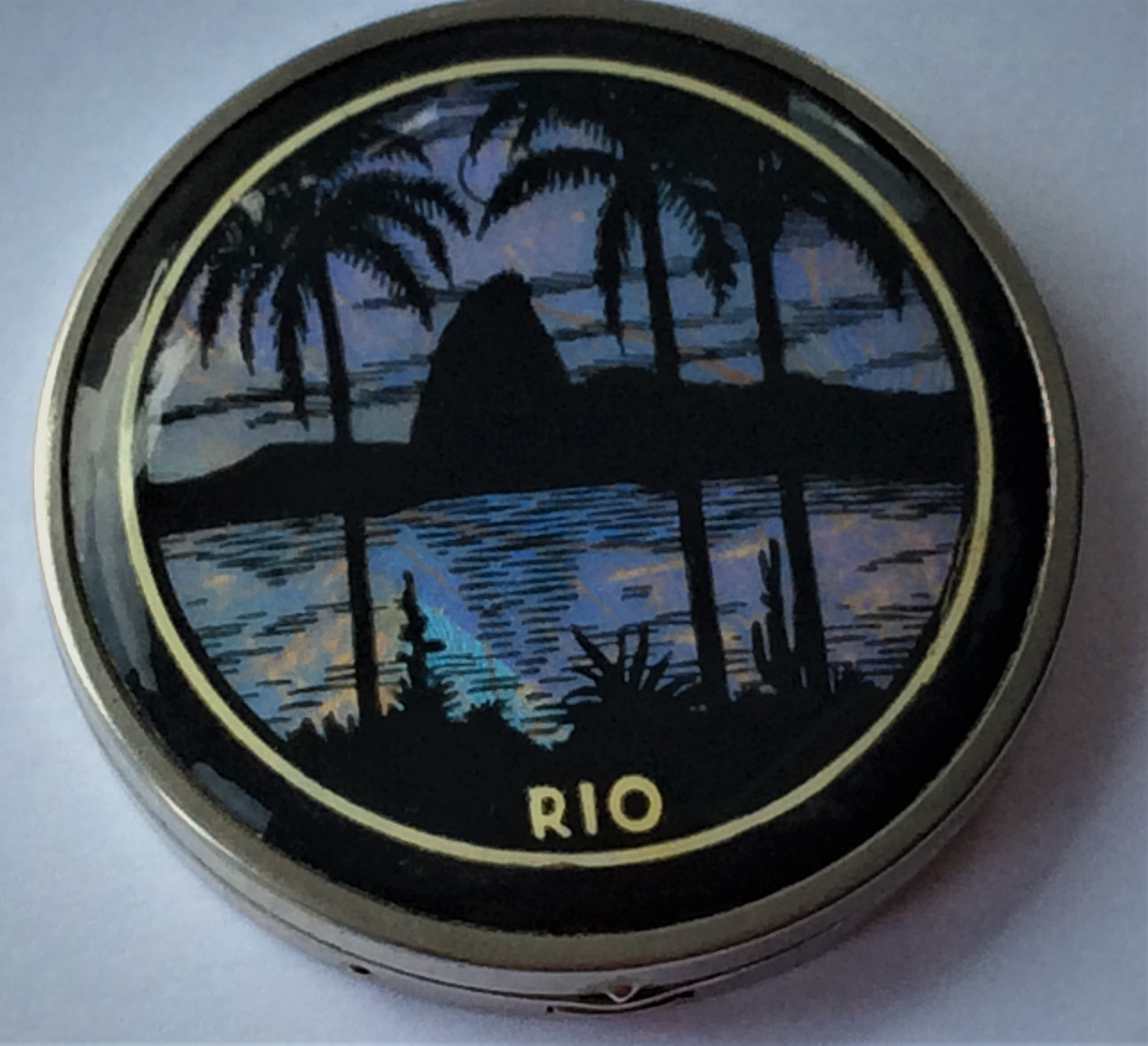 Vintage 30s Butterfly Wing RIO Powder Compact