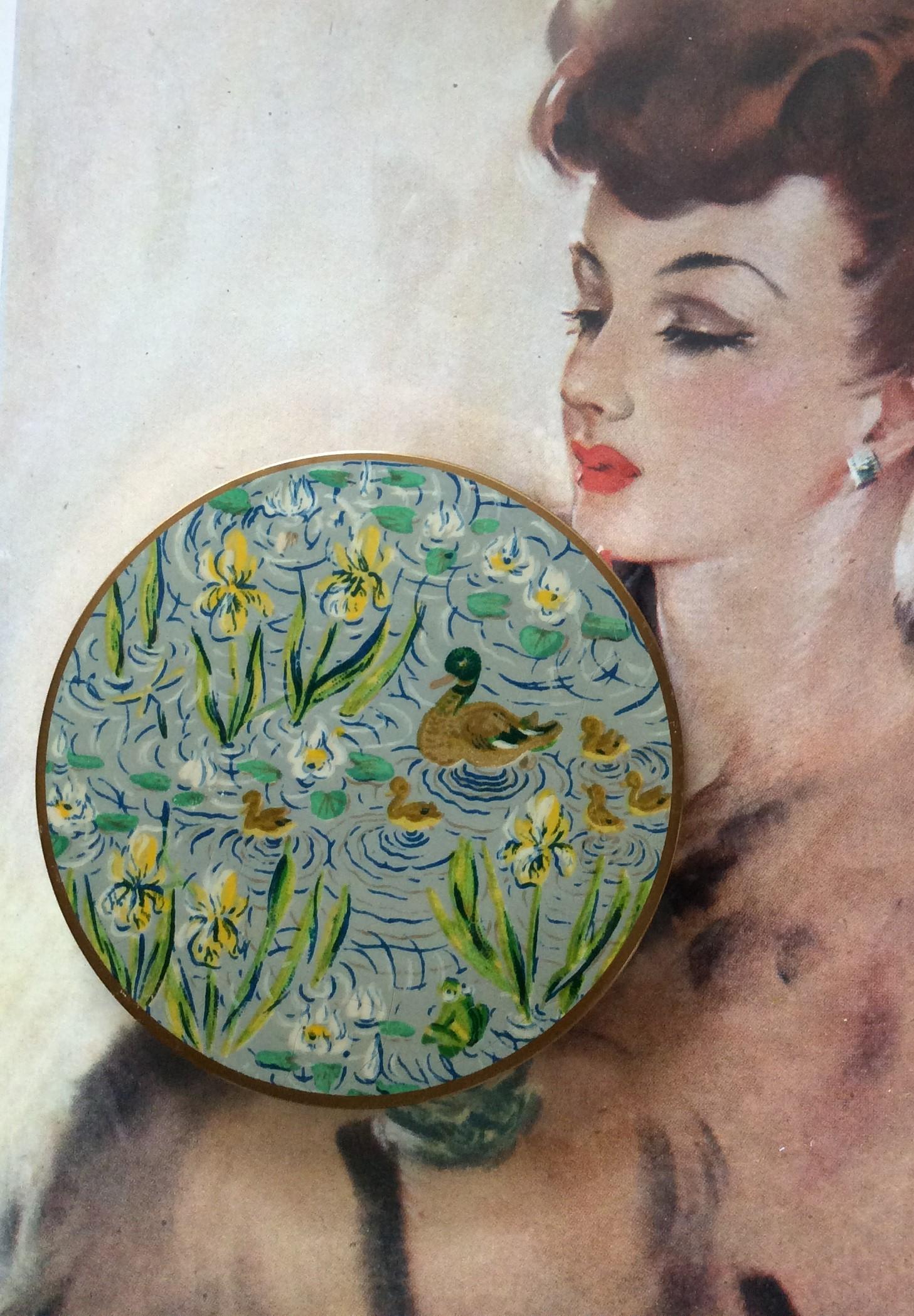 Rare Stunning Vogue Vanities Ducks on Lily Pond circa 1930's Powder Compact