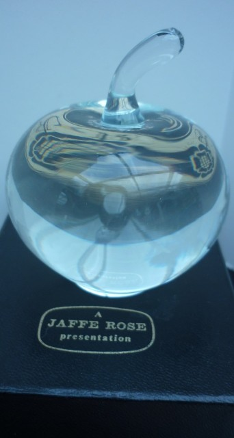 Jaffe Rose Crystal Apple Paperweight