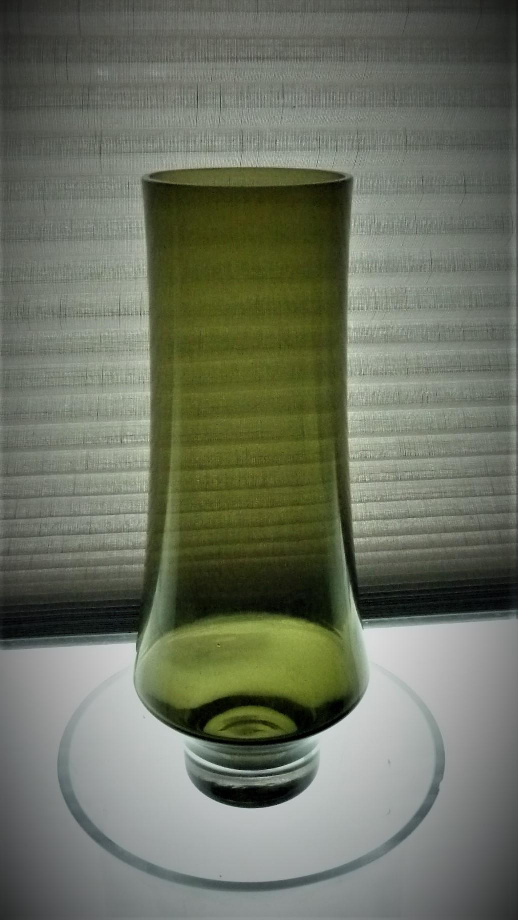 Vintage 1963 Tamara Aladin Riihimaen Lasi green glass vase Pattern No. 1374