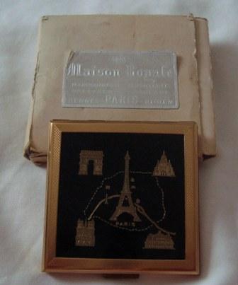 Maison Royale PARIS Vintage Black enamel and gold tone Powder Compact