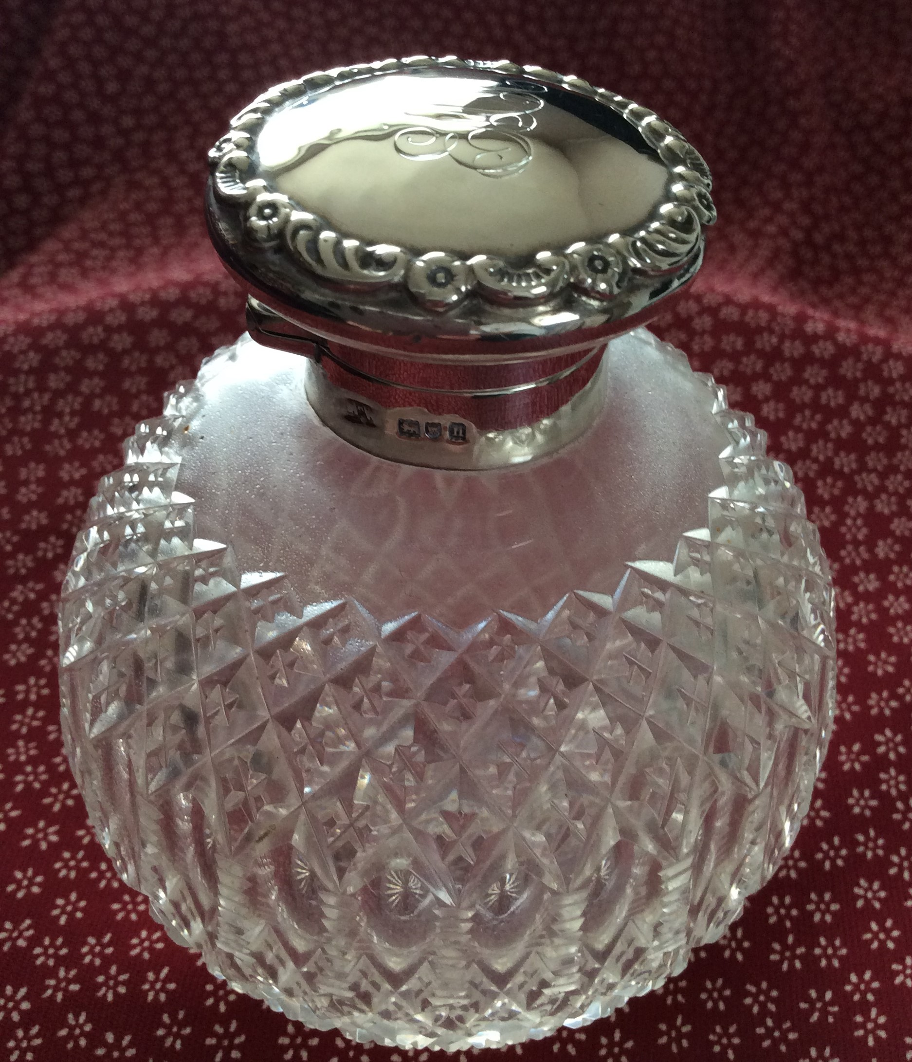Antique 1908 Sterling Silver Hand Cut Crystal Mappin & Webb Scent Bottle with Stopper