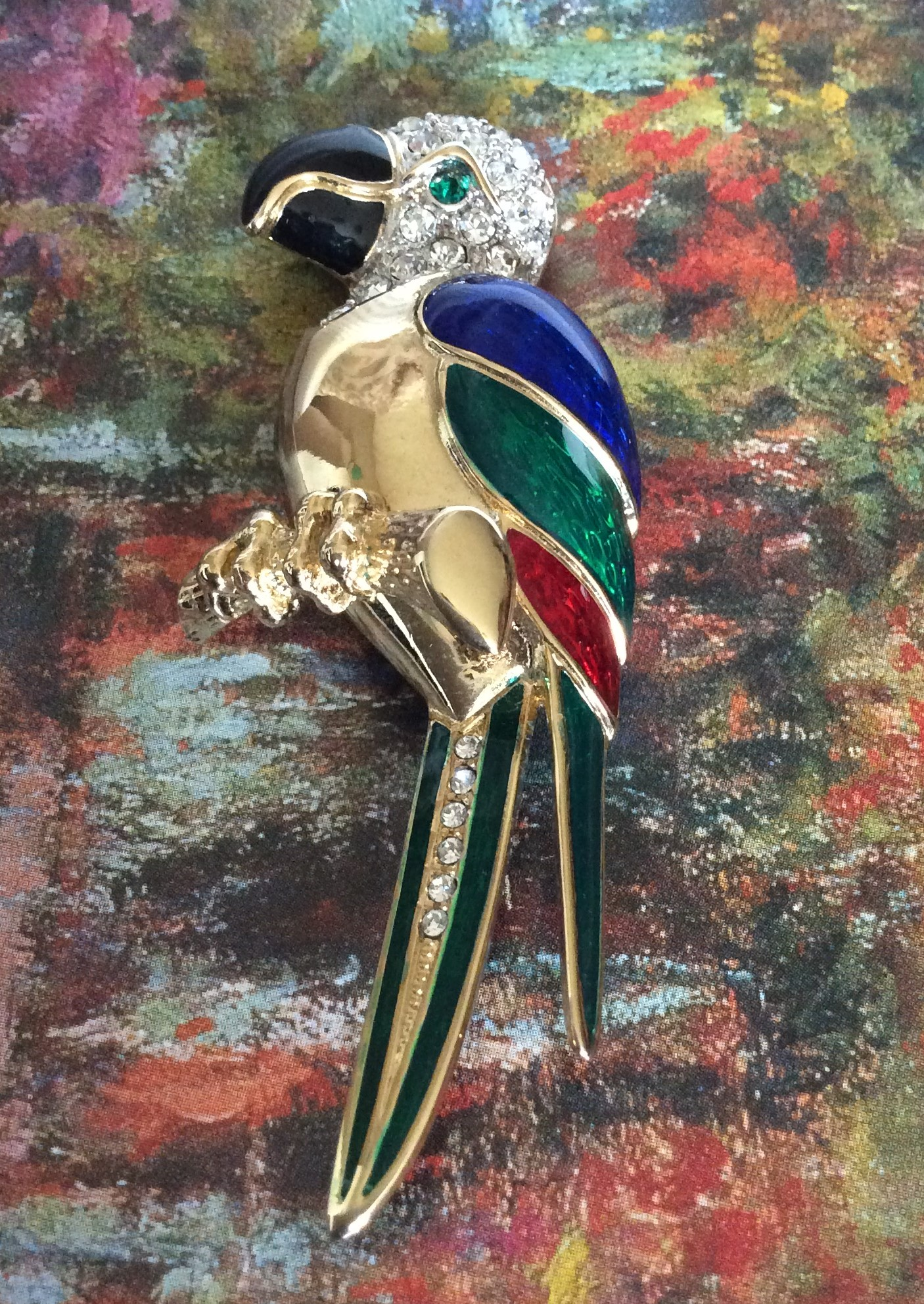 Beautiful Vintage Enamel and Rhinestone Gold Tone Parrot Pin/Brooch