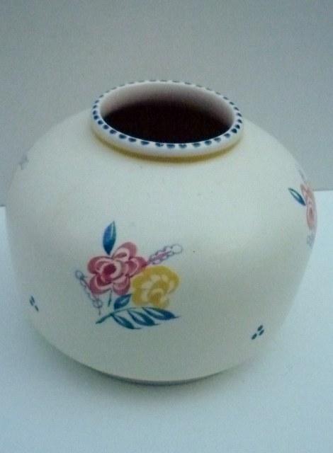 A 50s vintage Poole Pottery traditional sprig pattern vintage vase.