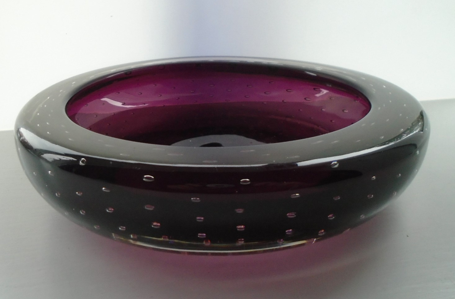 Vintage Whitefriars Bowl in the Aubergine colourway pattern 9099