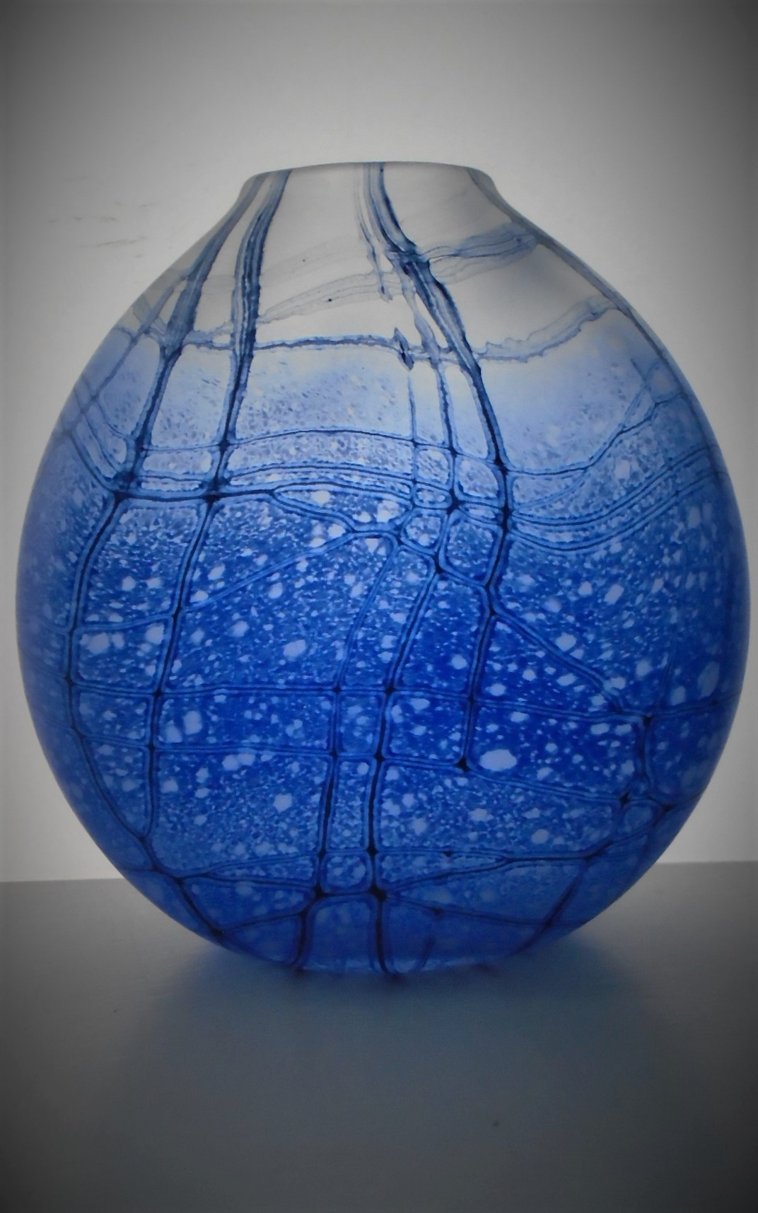 Stunning example of a Signed Julia Donnelly Blue Glass Vase.