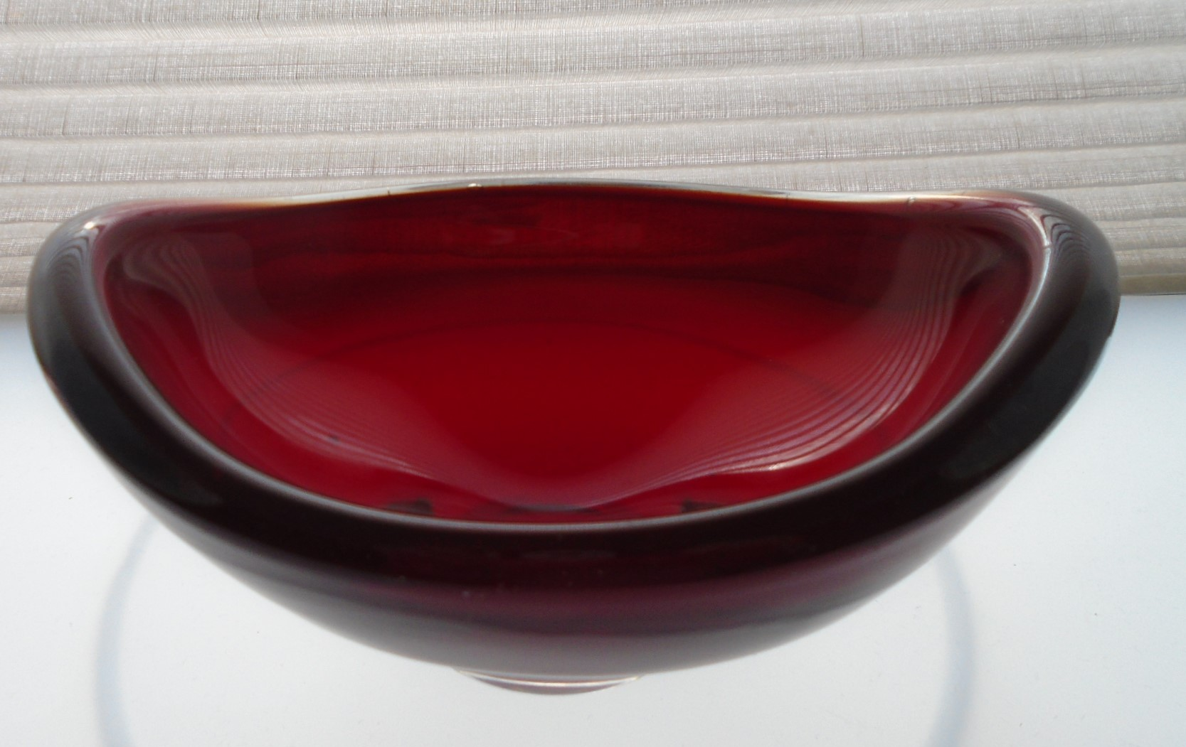 Vintage Whitefriars ruby red glass bowl designed by Geoffrey Baxter ref pattern No 9515.
