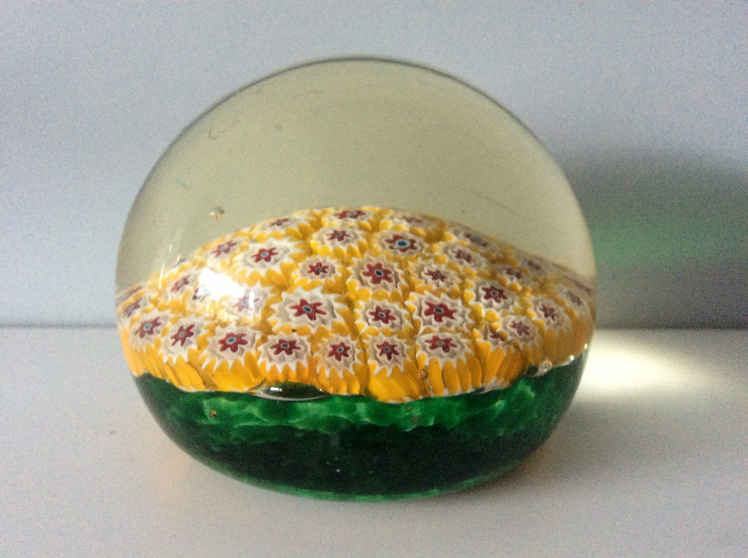 Offered for sale is a superb 60s vintage Murano glass paperweight most likely from  Fratelli Toso.