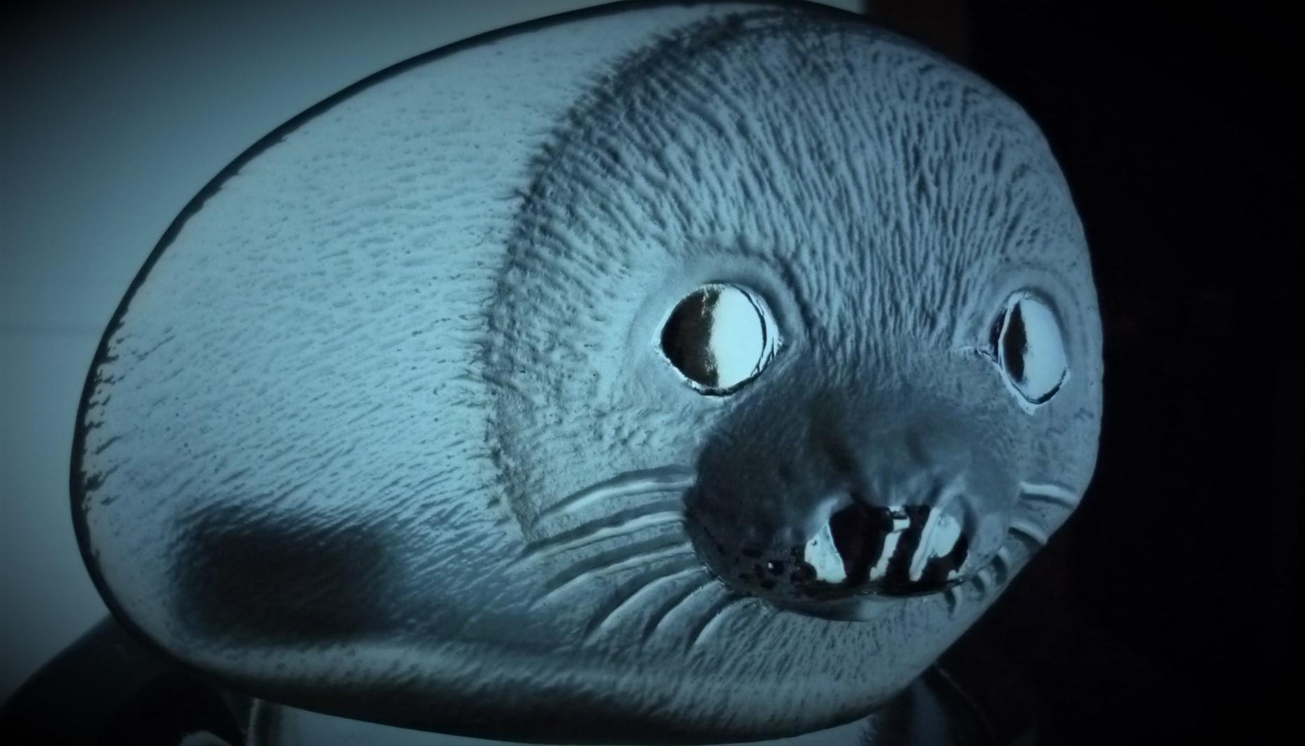 Mats Jonasson signature Collection Baby Seal figurine