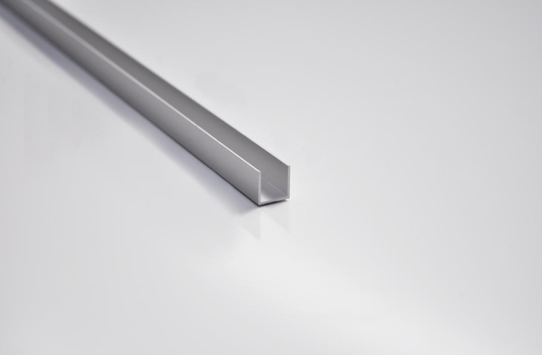Profilo ad U L.3000 mm 19 X 11 X 19 mm