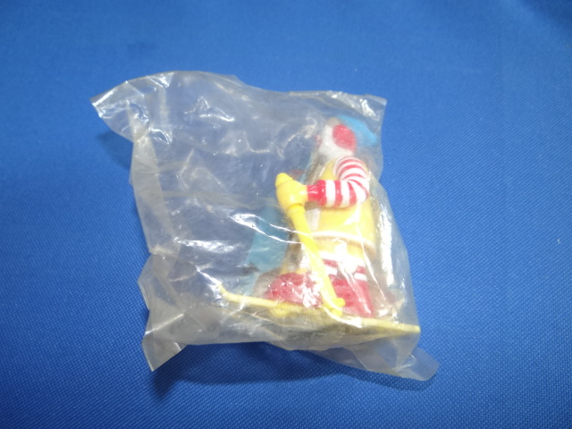 McDonalds Winter Sports Ronald On Skis Toy From 1994 New