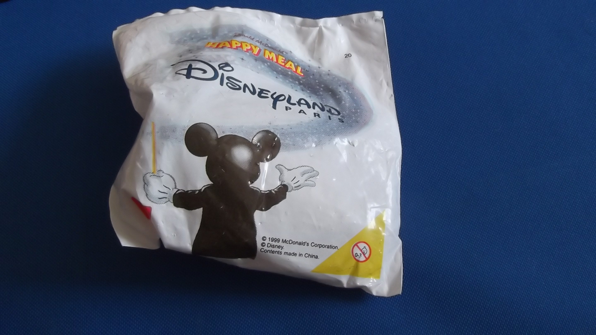 McDonalds Disneyland Paris Train #20 Toy From 1999 New