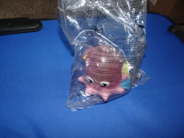 McDonalds Finding Nemo Pearl Toy From 2003 New