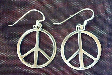 Orecchini con simbolo della pace