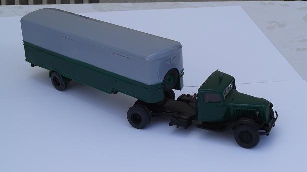 Tracteur T45 CITROEN et sa semi