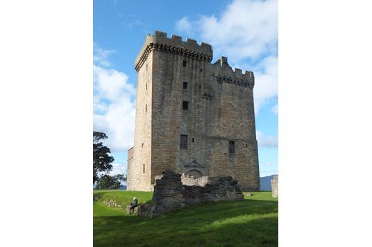 Clackmannan tower: castle