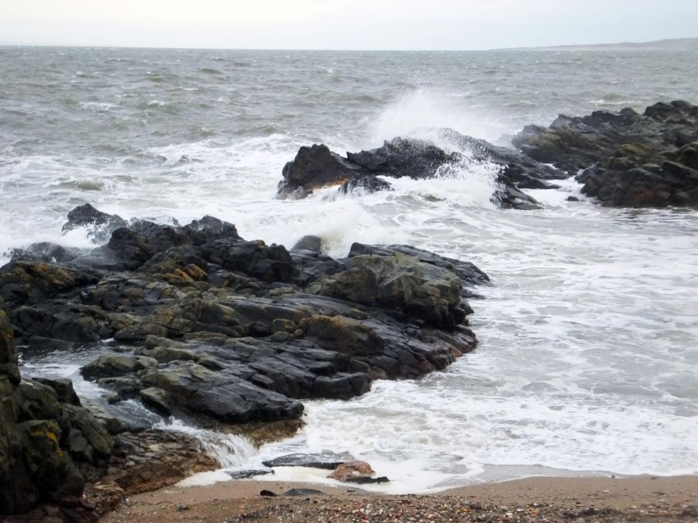 Downright irritable sea, Cockenzie