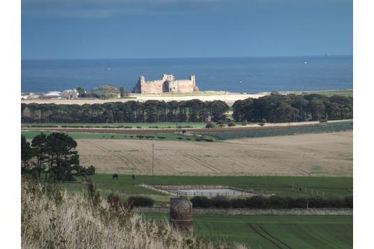Tantallon Castle from Berwick Law