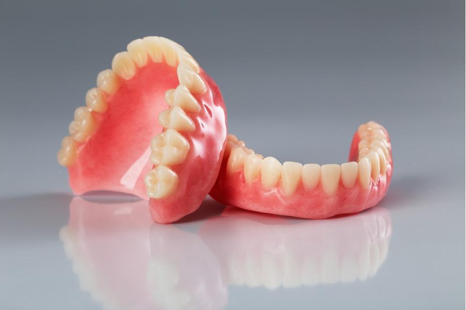 protesis dentales aluche