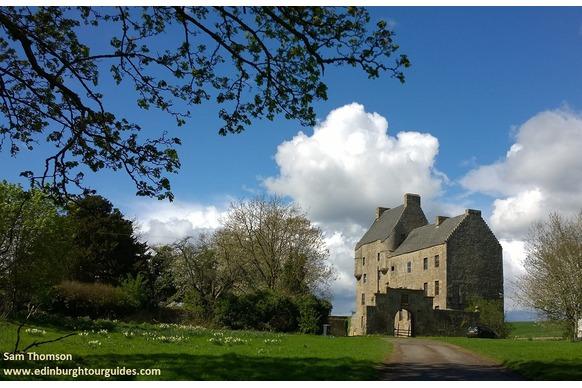 Lallybroch AKA Midhope Castle