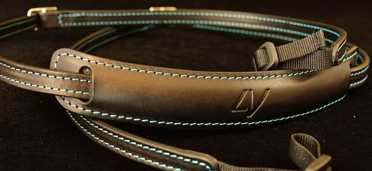 Slim Lusso Neck Strap Black-Cyan