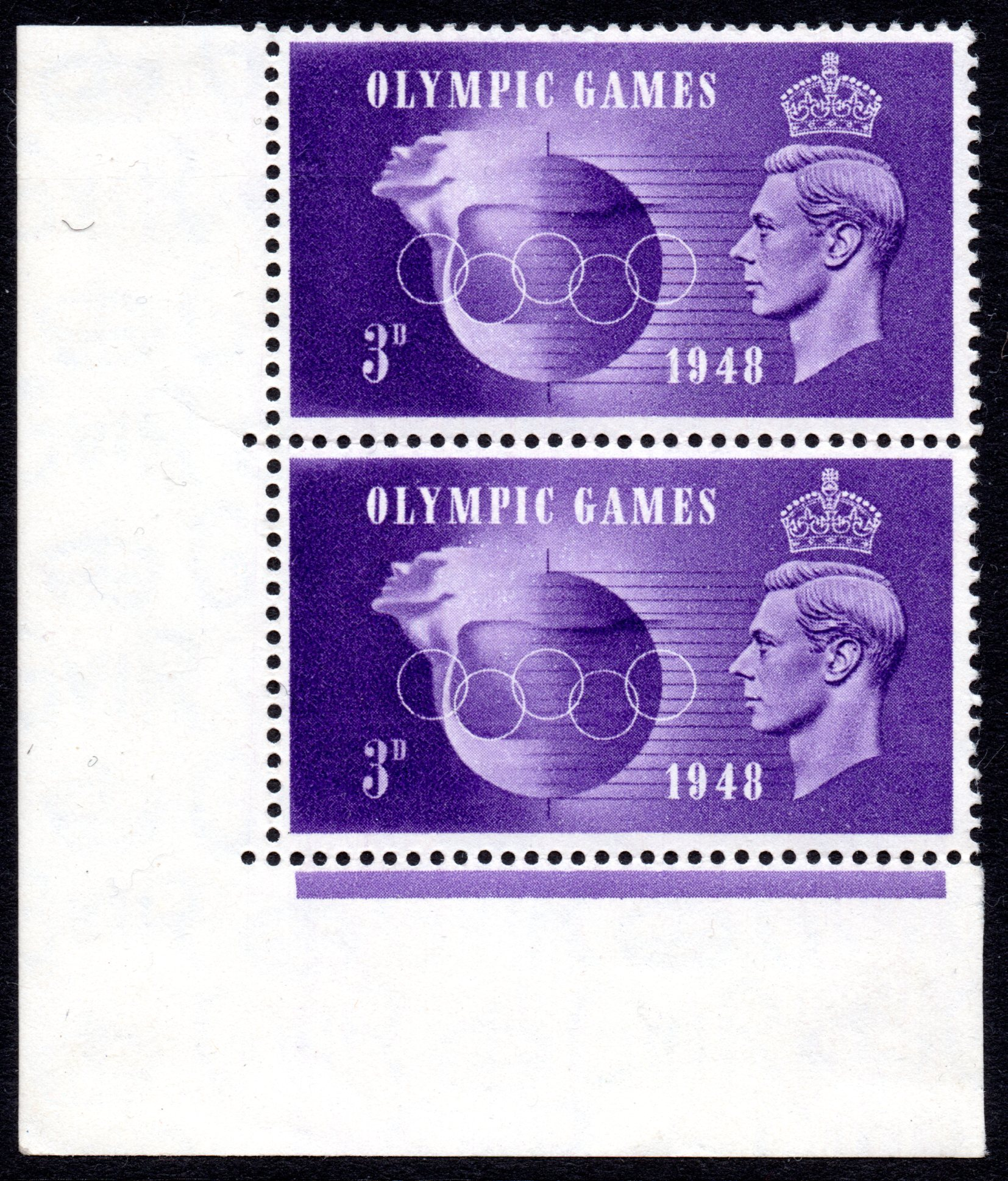 1948 3D OLYMPIC GAMES CORNER MARG PAIR VARIETY SIMILAR 'HOOKED 3' POSITIONAL PIECE FROM R.20/1