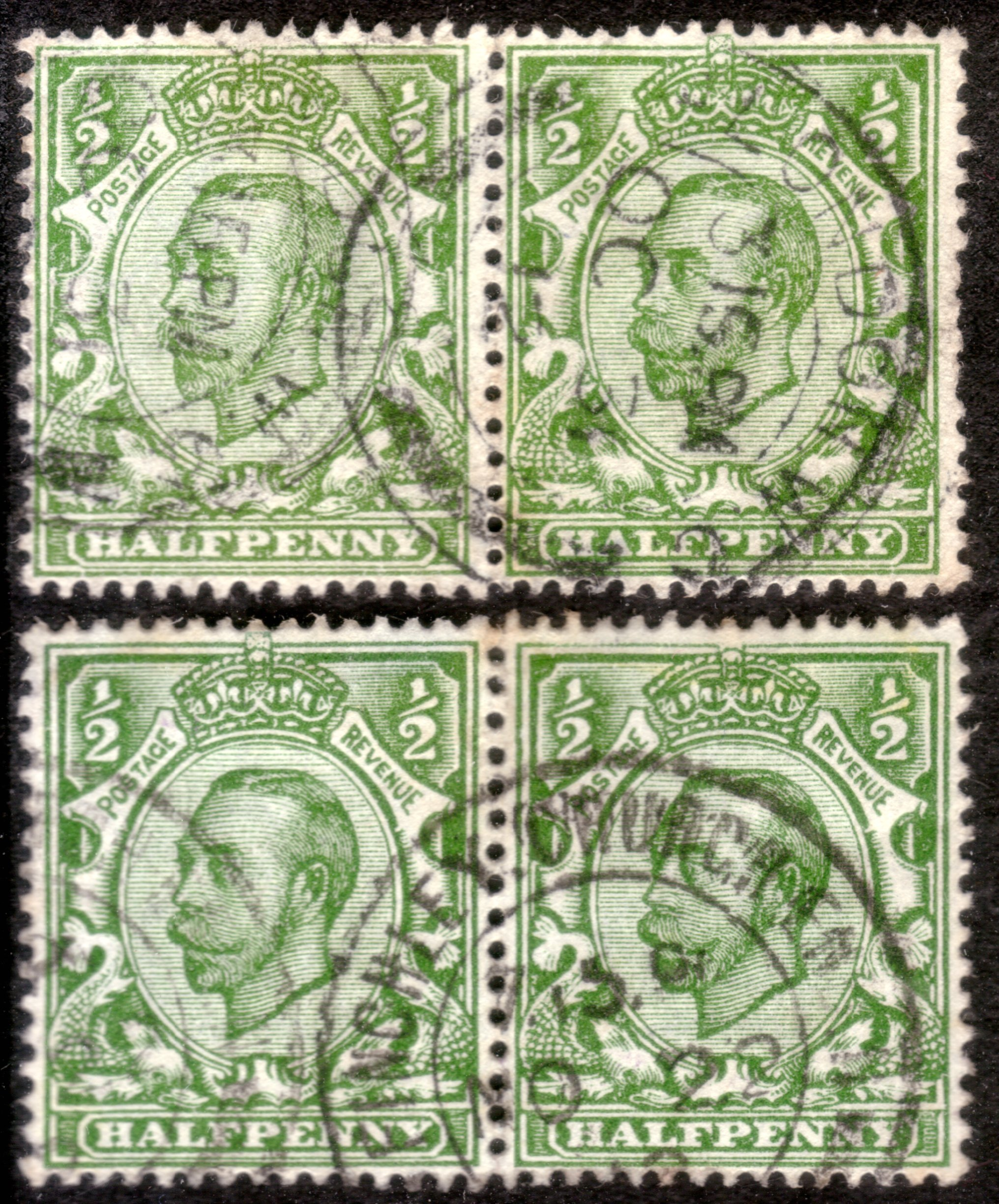 1912 ½d Green Shades No Cross on Crown Varieties in Two Pairs