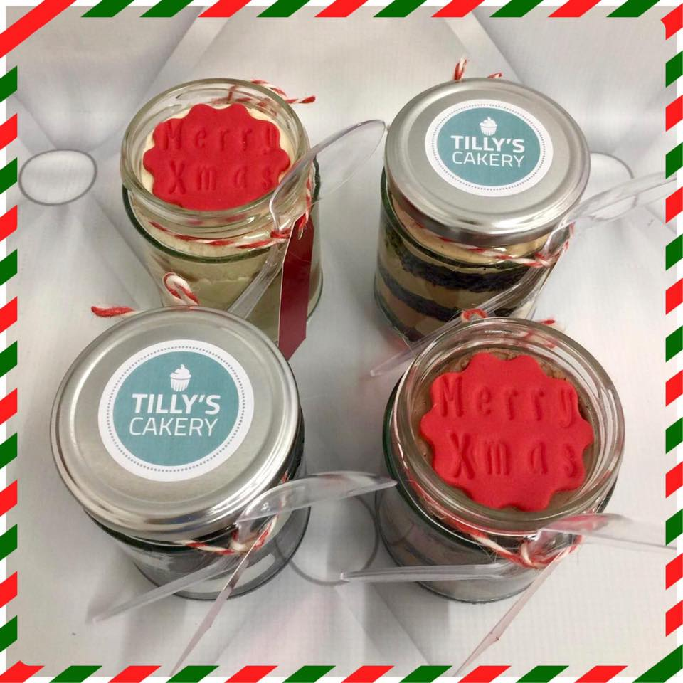 Individual Christmas Cake Jars