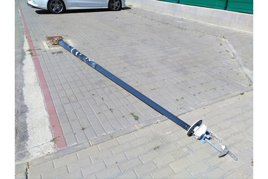 photo_of_fallen_lamp_post