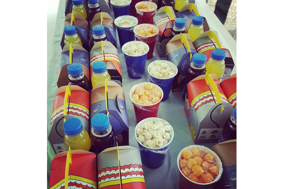 Dine anywhere provide kids party catering