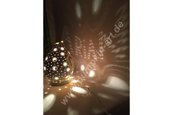 Kürbislampe-Namen-personalisiert-Atelier-pumpkin-a