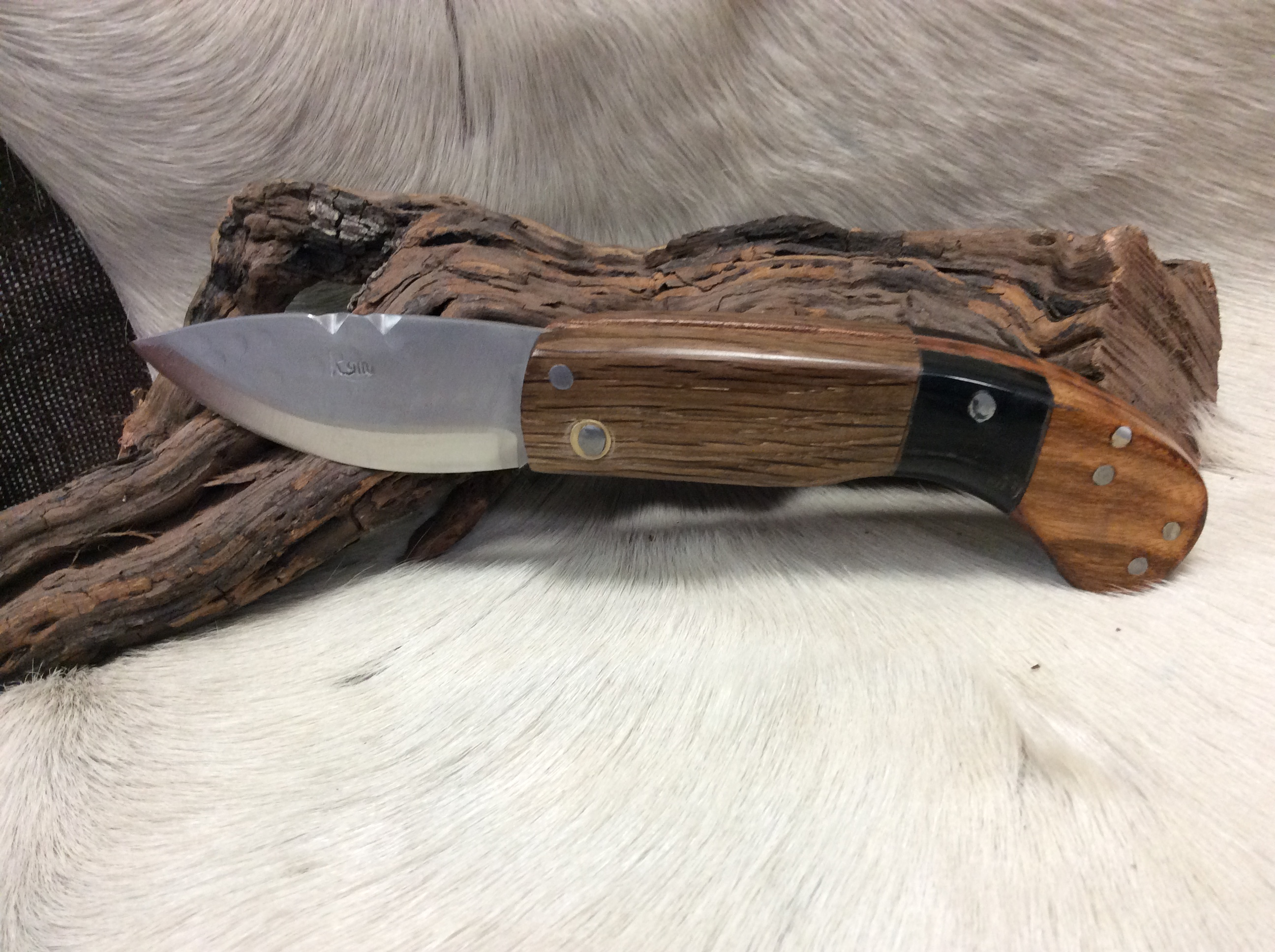 Couteau Pliant Ref P1019/03