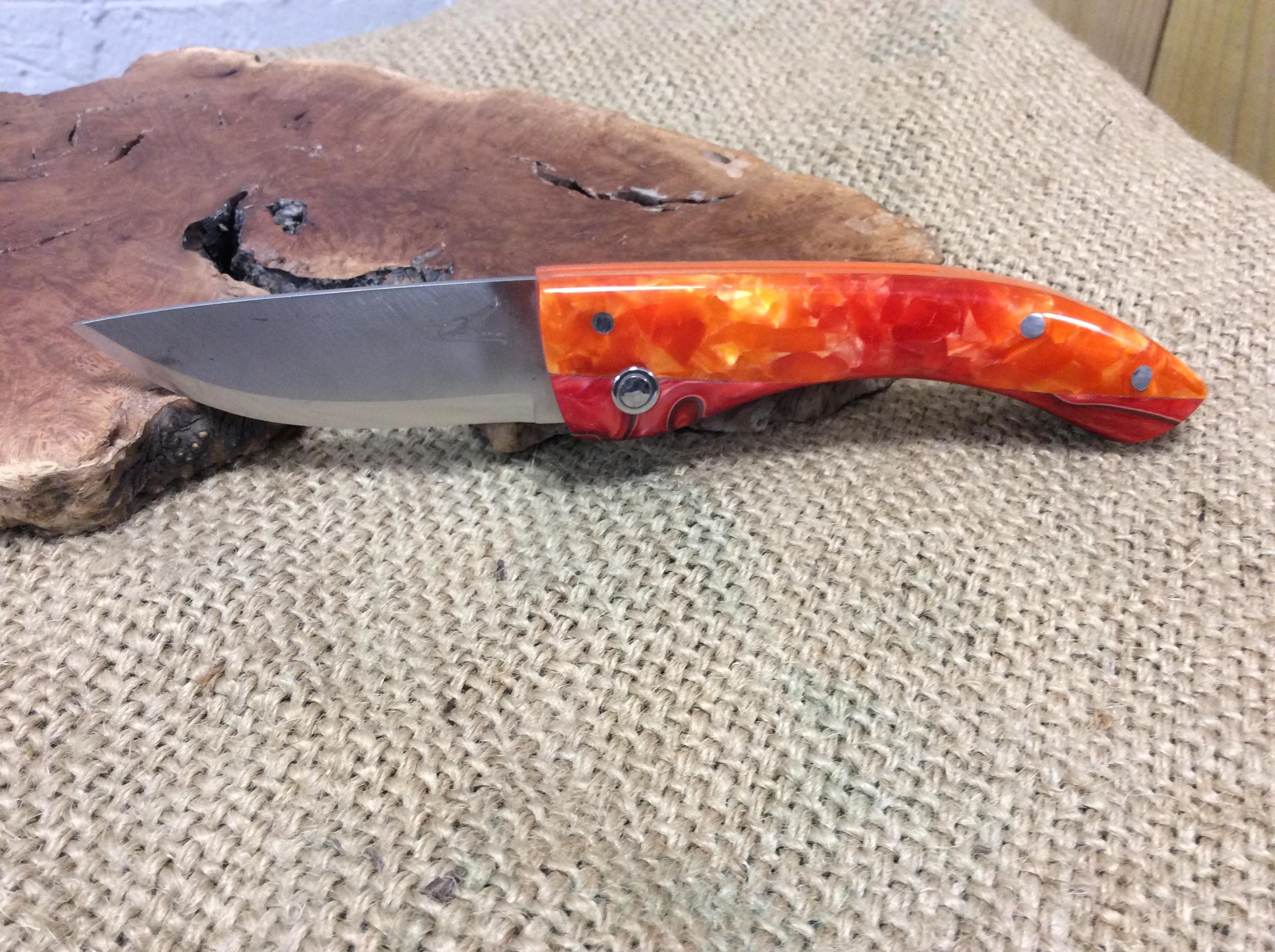 Couteau Pliant Ref P 0319/12
