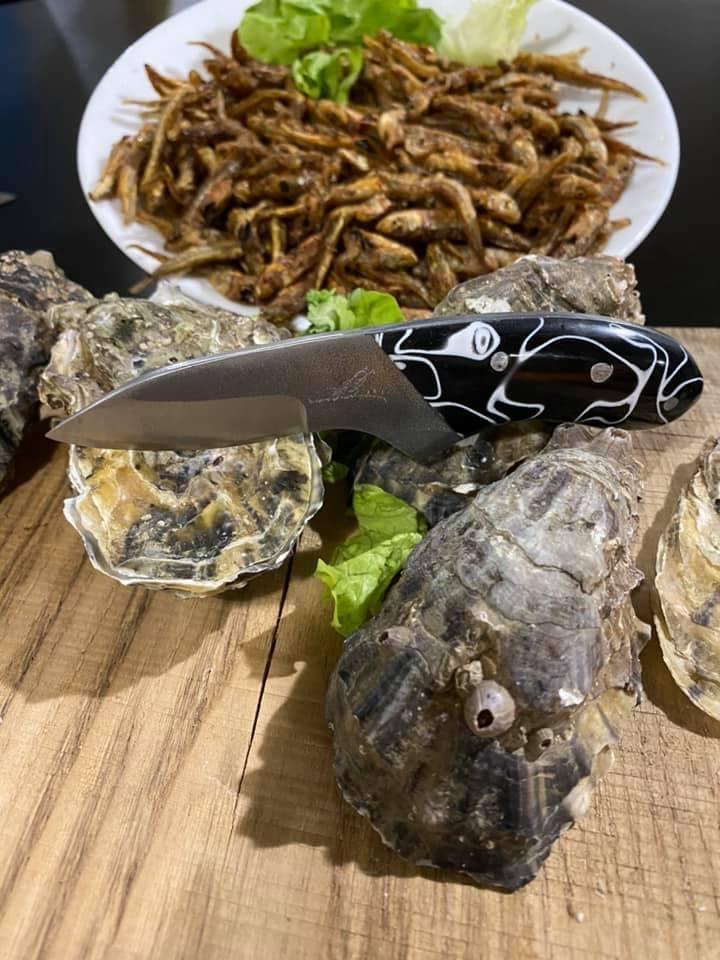 Couteau à huîtres Réf C 1120/28