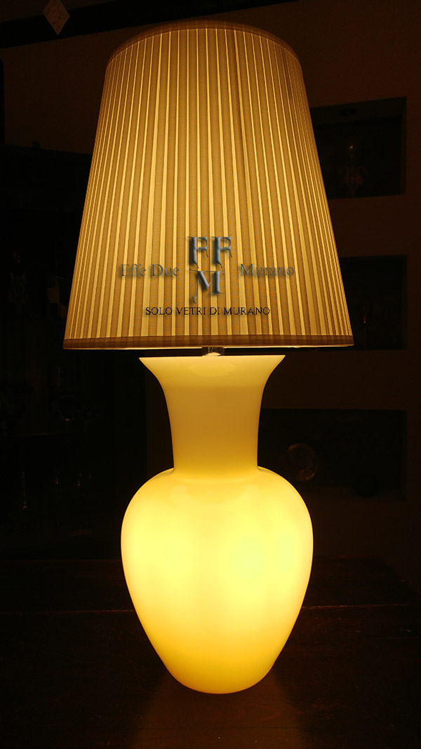 lampada tavolo vaso incamiciato ambra
