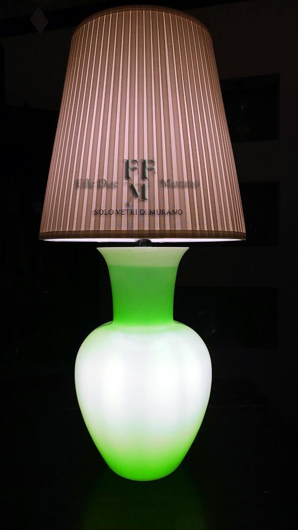 lampada tavolo vaso incamiciato verde