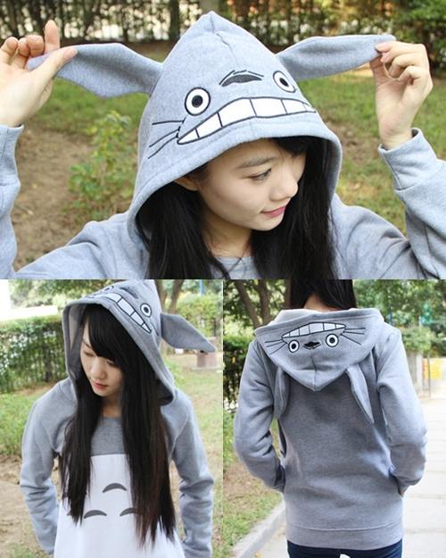 Sudadera con orejas Totoro