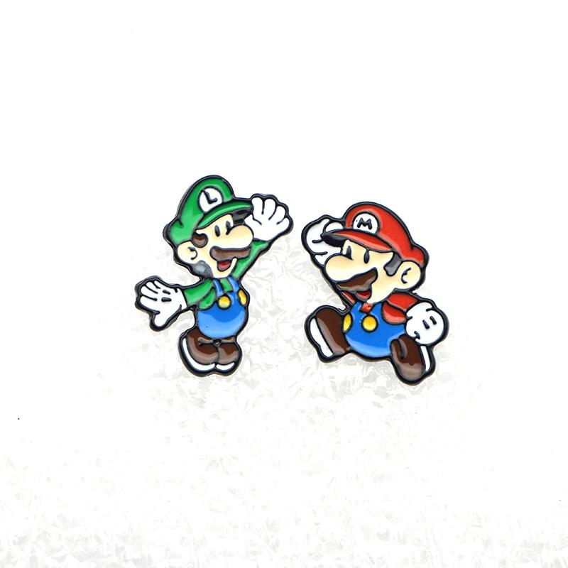 Pendientes Luigi y Mario.