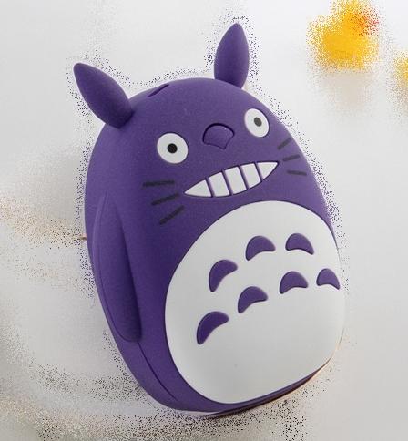 Power Bank Totoro Morado