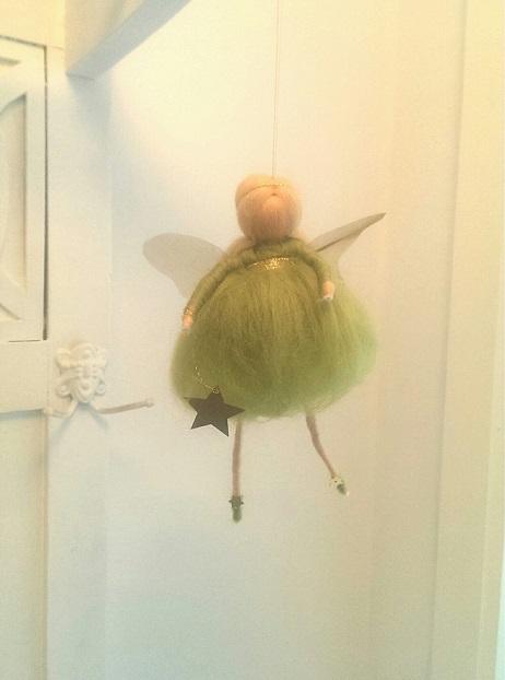 kleine grüne Elfe