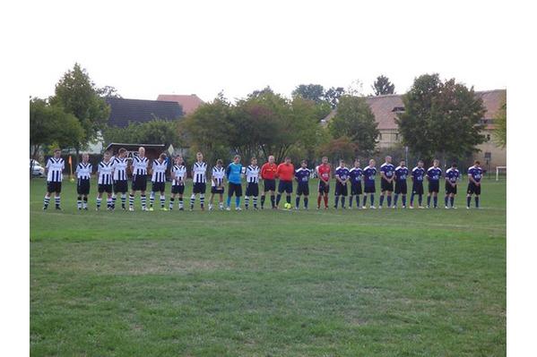 Trauerminute der Männermannschaft.