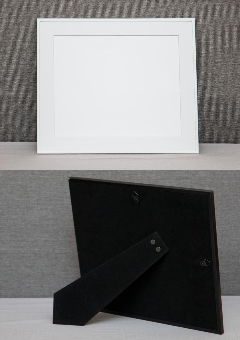 White Thin Frame + Photo