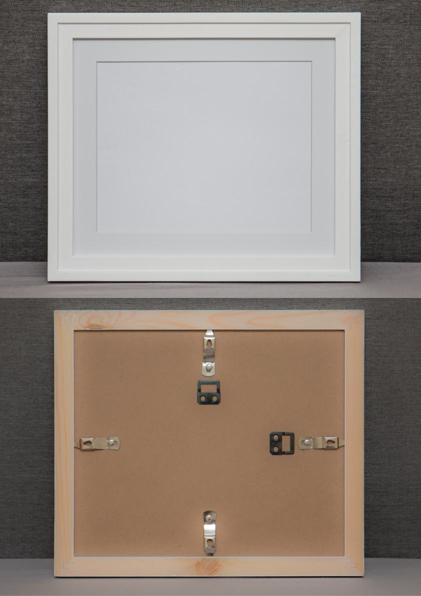 White Wide Frame + Photo