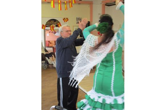 Nos cher résidents en pleine danse de flamenco