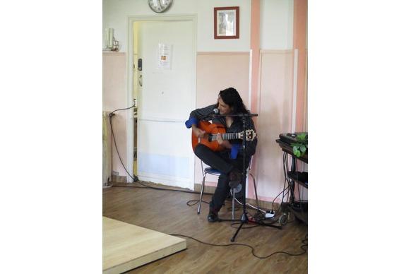 Chanteur de flamenco à la Maison de Retraite
