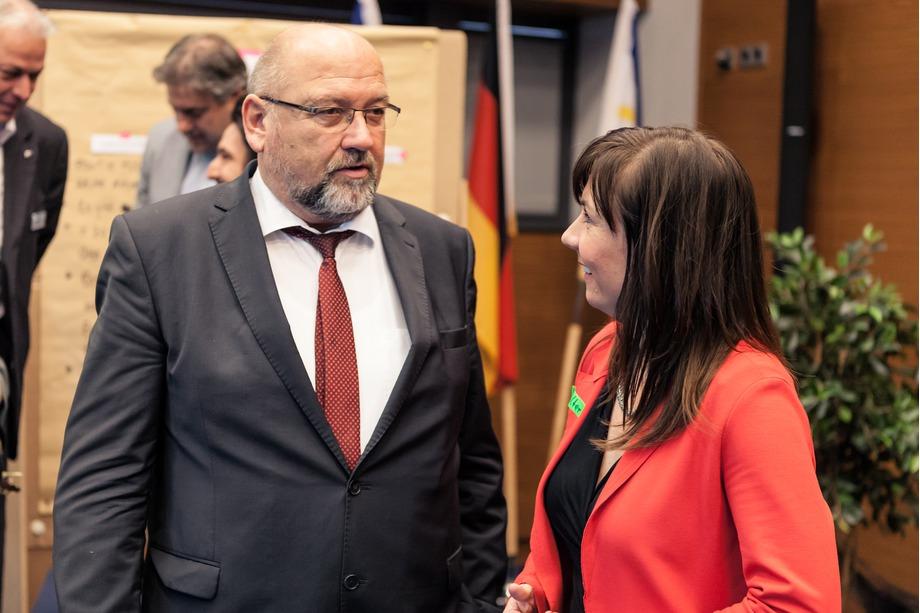 Katja Wolter mit Wirtschaftsminister Glawe