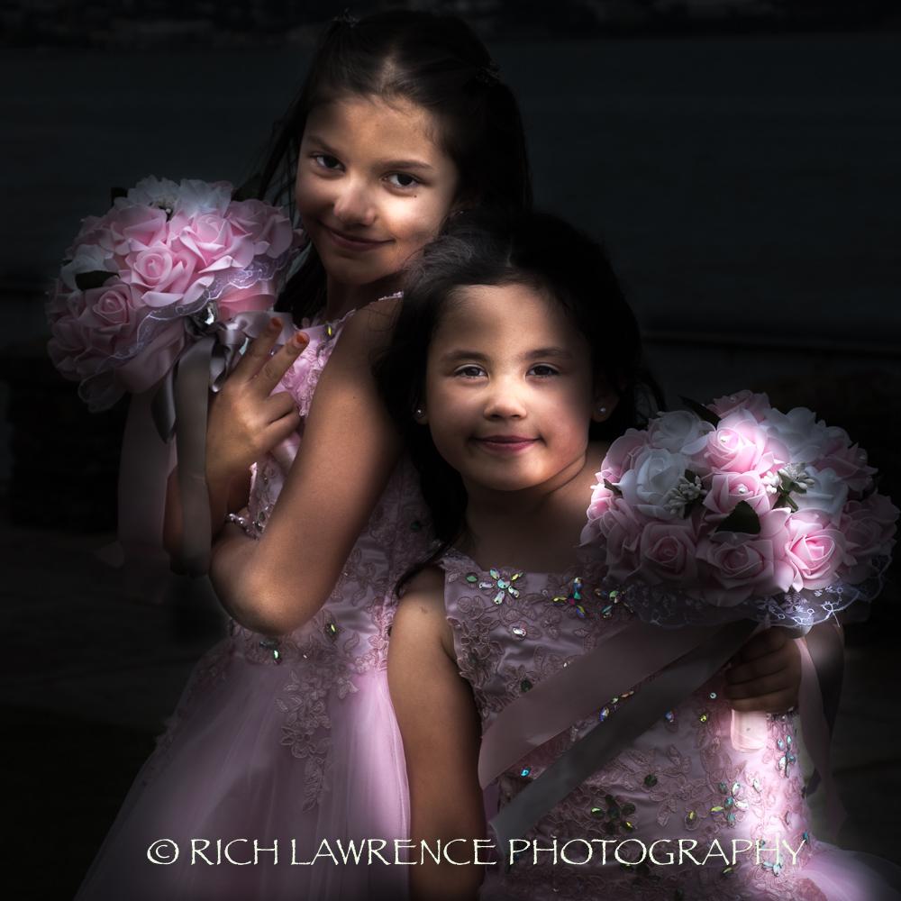 2 bridesmaids posing