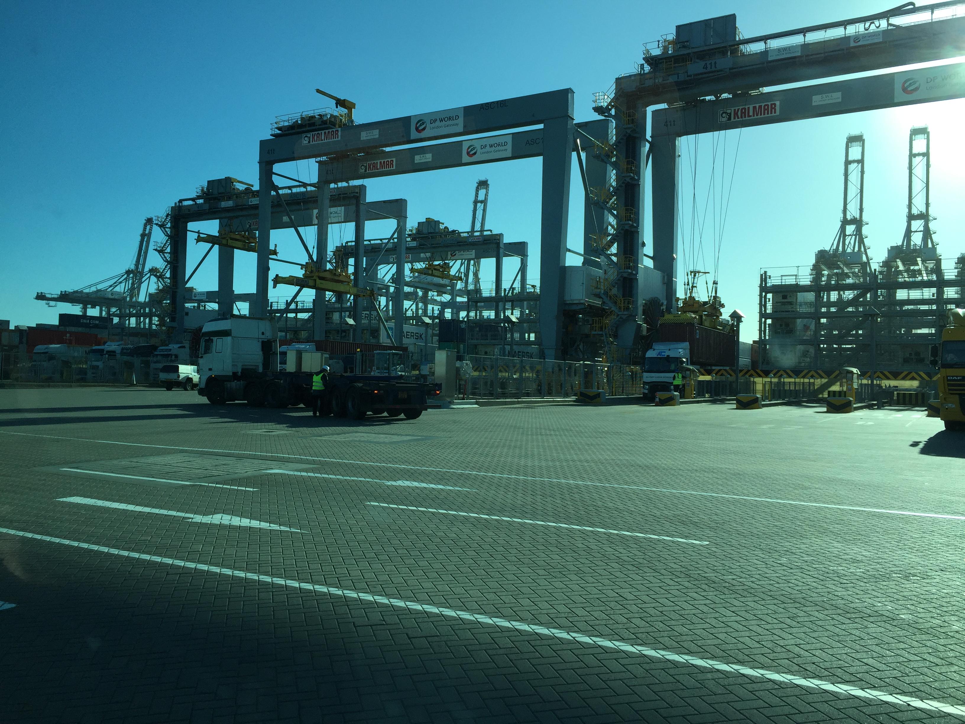 DP-World-London-Gateway-Truck